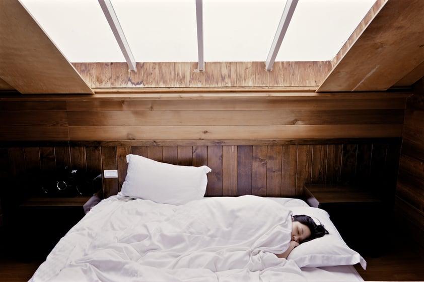 sleeping-woman.jpeg